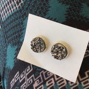 Silver Stone Earrings!